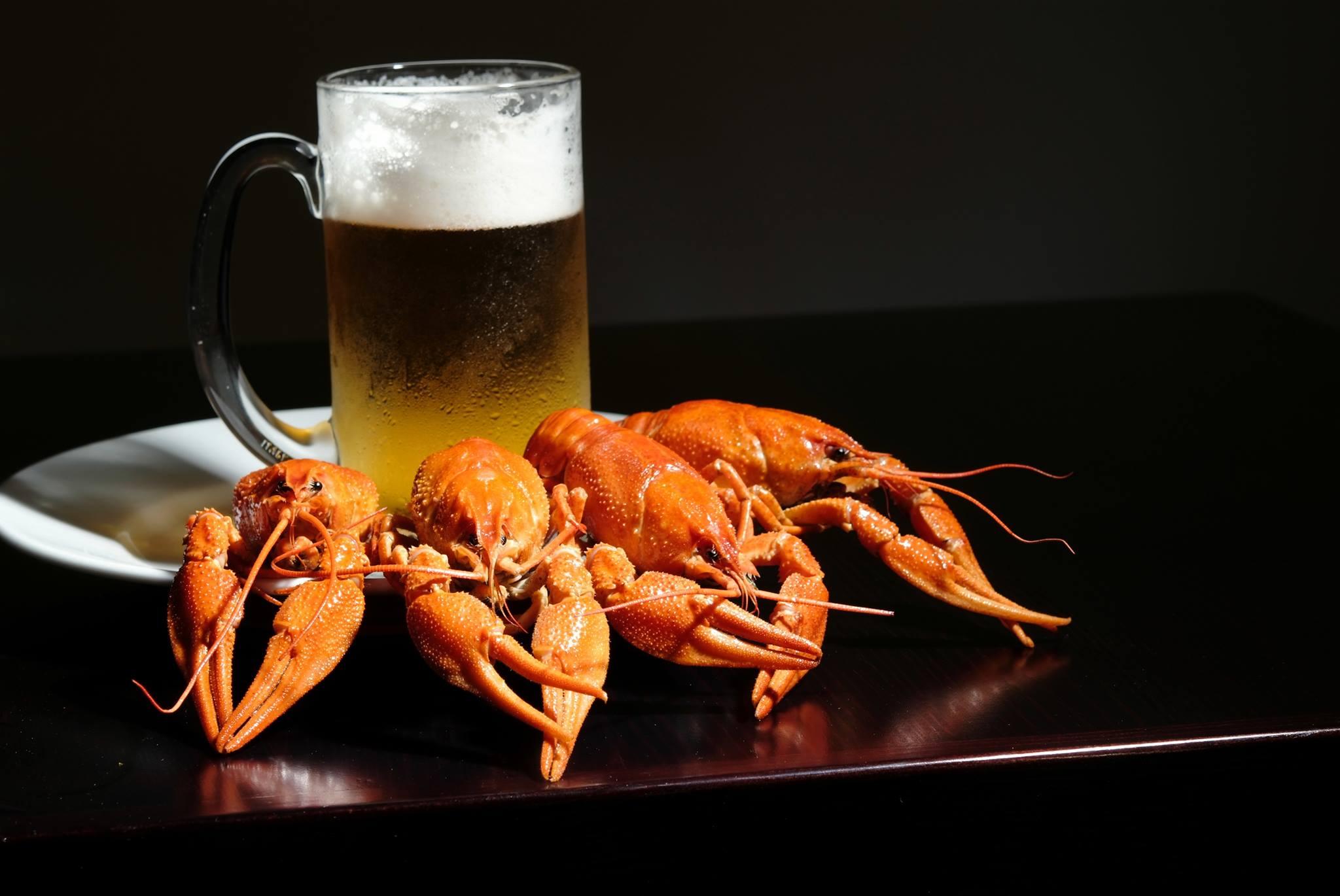 сожалению, картинки пиво с рыбой и раками пляже