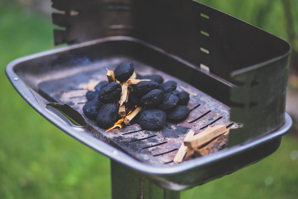 briquette-791500_1280