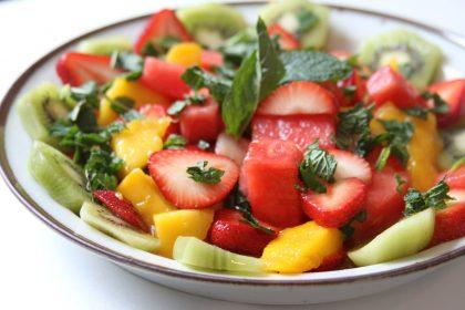 Легкий фруктовый салат