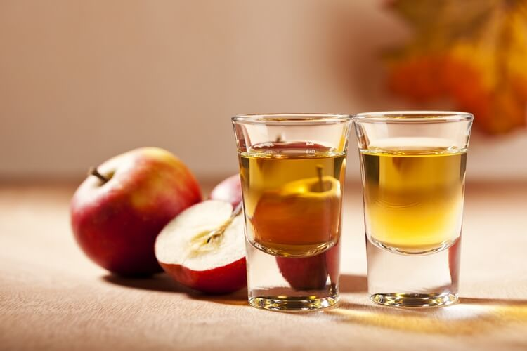 apple-moonshine-5