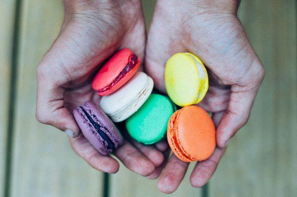 Макарон: миндальное счастье или история королевского десерта