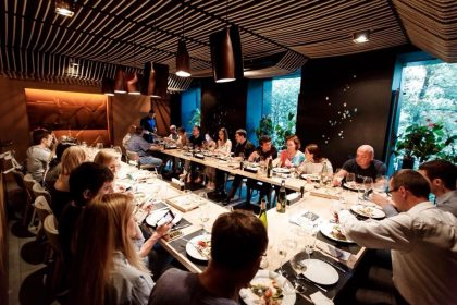 Ужин с гастрономическим шоу от знаменитого мастера разделки рыбы