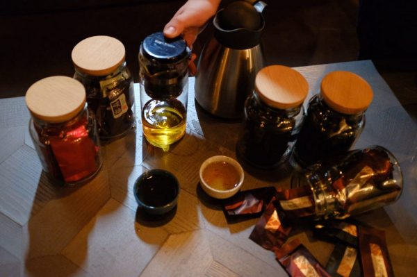 Чай і його стосунки з кальяном