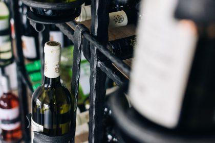 Ресторан Suluguni продовжуєДегустаційні вечори знайомства з унікальними винами з усього світу!