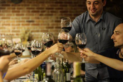 У МАНАНЫ: ужин и дегустация вина