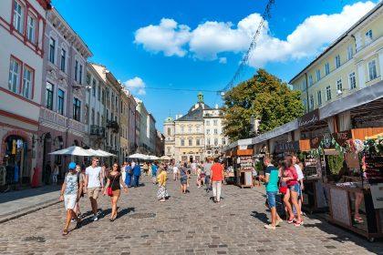 Где выпить и перекусить во Львове: время ехать в «місто Лева»!