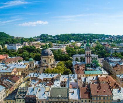 Заведения Львова с панорамными летними террасами на крыше