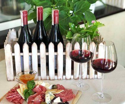 Ресторан-кондитерская Счастье приглашает всех на фестиваль вина Pinot Noir!