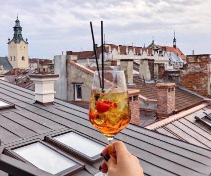 Де випити коктейлі у Львові: 6 локацій від PostEat