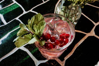 Коктейль Pepper Pink Tonic на Gordon's Premium Pink