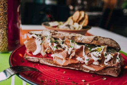 Сэндвичи на завтрак или обед в Киеве: быстро, вкусно и не мучает совесть