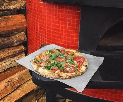 Фильмы и пицца: на киностудии Film.ua открывается ресторан Holly Food