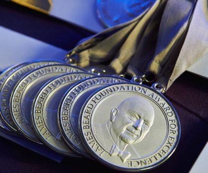 Фонд Джеймса Бирда огласил список полуфиналистов James Beard Award 2019