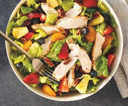 «Грязная дюжина»: от каких овощей и фруктов лучше отказаться в этом году и почему