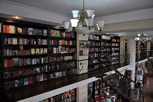 Скоро откроется: в столице появится арт-кафе для любителей посидеть с книжкой