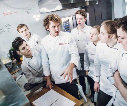 Новое заведение: ресторан новой украинской кухни «100 років тому вперед»