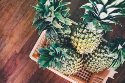 Глобальная проблема: весь мир обсуждает, как чистить ананас