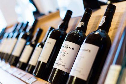 В Україні можуть скасувати акцизний збір на неміцні вина