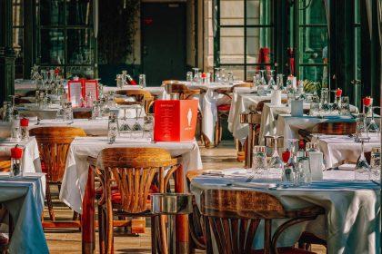 Новий тренд у ресторанному дизайні: критики пояснили, як повинен звучати заклад