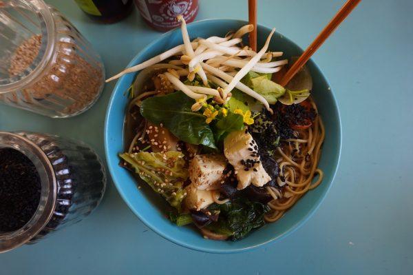 «Чисто» китайський ресторан: в Америці заклад звинуватили у расизмі через критику китайської їжі