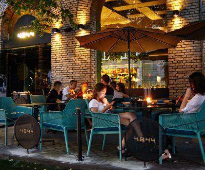 Бари Києва з красивими літніми терасами: 6 локацій від PostEat