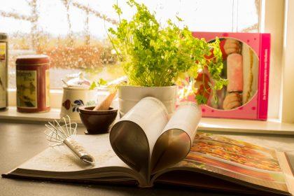 Від В'єтнаму до Одеси: найцікавіші кулінарні книги світу, які вийшли навесні 2019 року