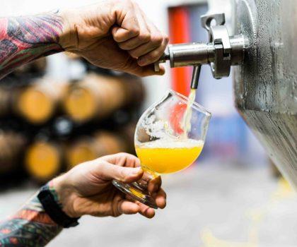 Де варять пиво у Києві: крафтові пивоварні при закладах та заклади з власними пивоварнями