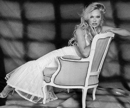 «У фуа-гра немає нічого сексуального»: Памела Андерсон закликала керівництво Playboy Club London виключити з меню фуа-гра