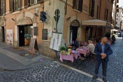 Римський ресторан в центрі скандалу: заклад звинувачують у «грабунку» туристів