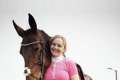 Норвежка з'їла власного коня і отримала численні погрози в інтернеті