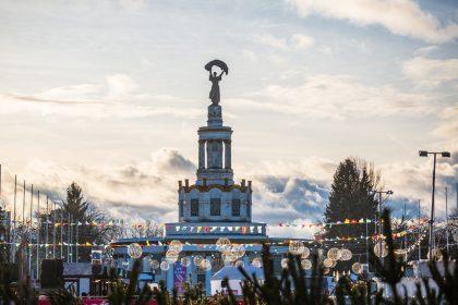 Смачна зима: зимові ярмарки та фестивалі, льодові ковзанки Києва, де пригощатимуть глінтвейном і смаколиками