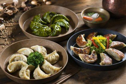 «Східні пельмені» в закладах Києва: де їсти китайські цяодзи та японські гьозда