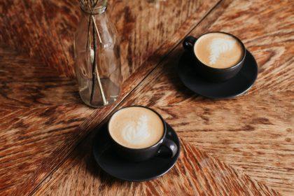 Нові кавові локації Києва: де випити кави з десертом
