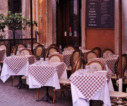 Ресторани, які відкрили літні тераси: локації в центрі міста. Частина 2
