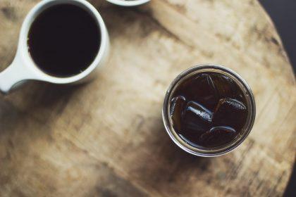 Холодні кавові напої в центрі Києва: колд брю, еспресо тонік, айс-лате і не тільки