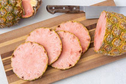 Після 15 років експериментів Del Monte нарешті випустив рожевий ананас Pinkglow