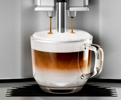 Недорогая кофемашина — приготовление любимого напитка за минуту