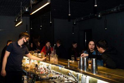 Новий заклад. Київ: коктейльний бар Underhand bar на Троєщині