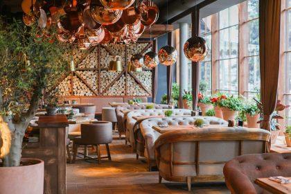10 ресторанів на Русанівській набережній: гід-огляд від PostEat