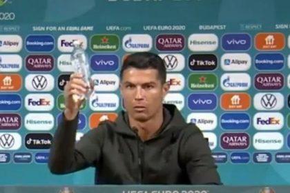 """""""Пийте воду"""". Роналду прибрав Coca-Cola під час пресконференції"""