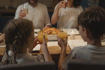6 локацій для сімейних обідів від PostEat: час у родинному колі