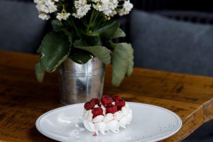 Десерт «Павлова» в Києві: цікаві варіації відомого десерту