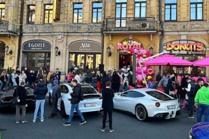 Новий заклад. Київ: Royal Donuts ─ легендарні німецькі пончики на Бесарабській площі